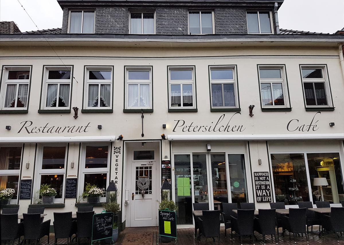 """Das vegane Restaurant """"Petersilchen"""" in Xanten"""