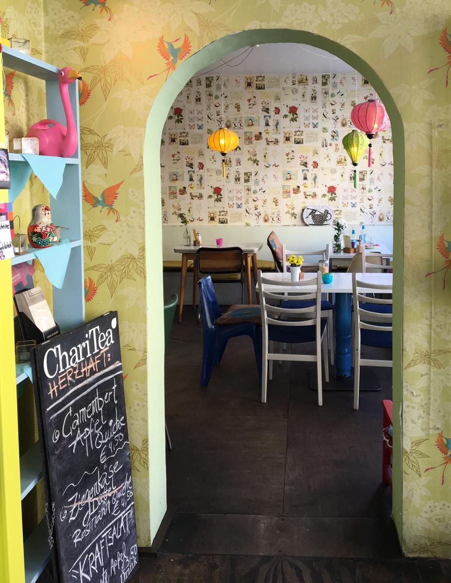 Wunderschöner Vintage-Wohnzimmer-Flair bei Fräulein Coffea
