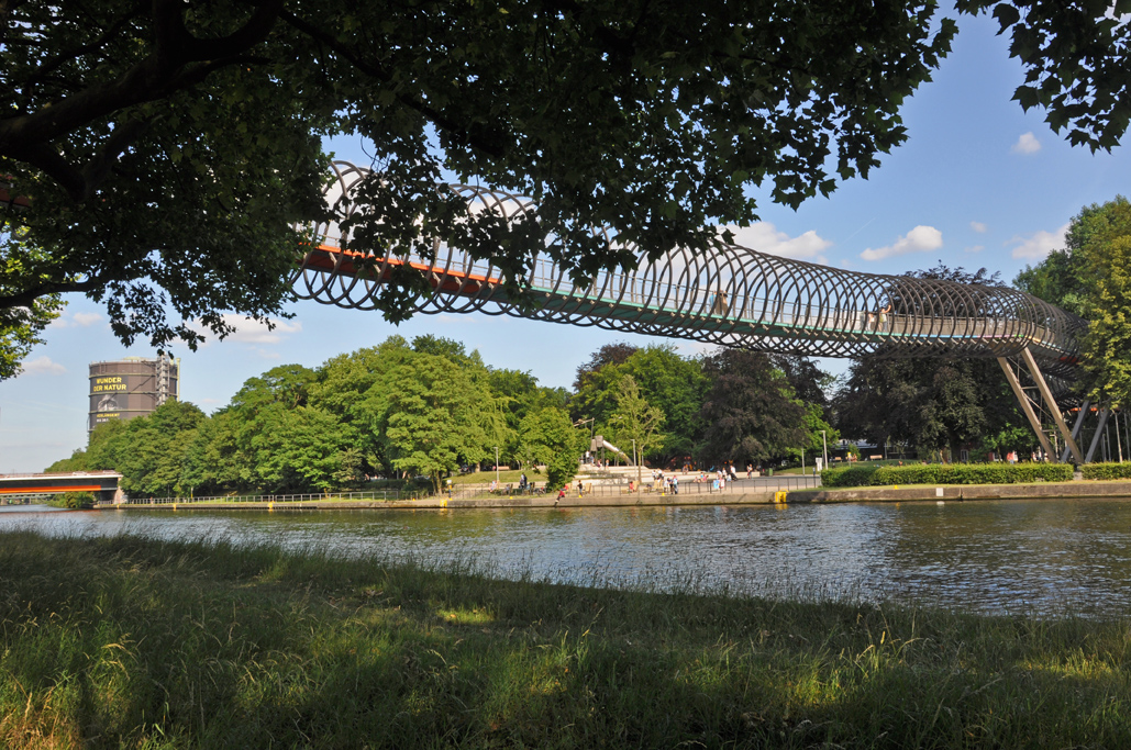 Die verdrehte Brücke Slinky Springs to Fame ist ein weiteres kleines Highlight auf der Tour.
