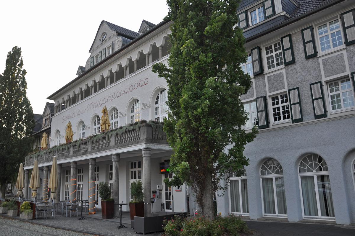 Das Foto zeigt das Gasthaus Margarethenhöhe in der Essener Margarethenhöhe