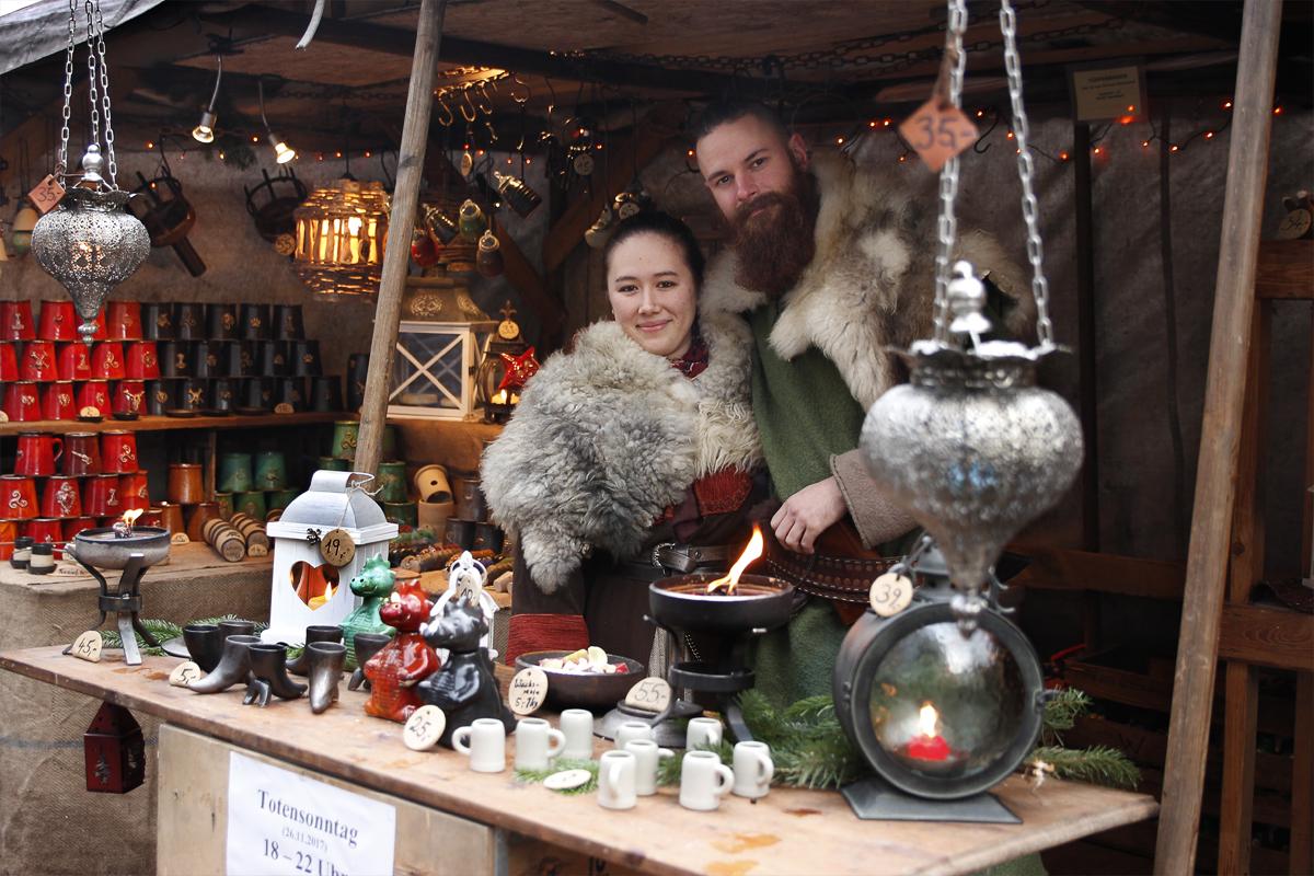 Das Foto zeigt den Töpferbaron auf dem Weihnachtsmarkt Essen