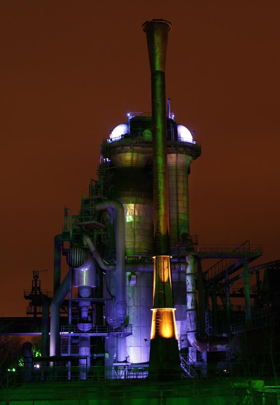 Das Foto zeigt ein Industriegebäude im Landschaftspark Duisburg-Nord