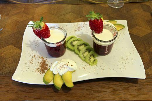 Das Foto zeigt das Dessert im Restaurant Canape im Schloss Ringenberg in Hamminkeln