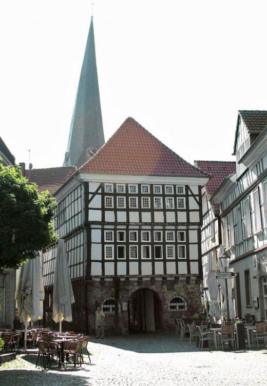 Das Foto zeigt das alte Rathaus in Hattingen