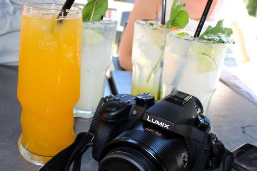 Das Foto zeigt vier Gläser mit Limonaden