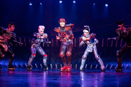 Das Foto zeigt Red Caboose im Musical STARLIGHT EXPRESS