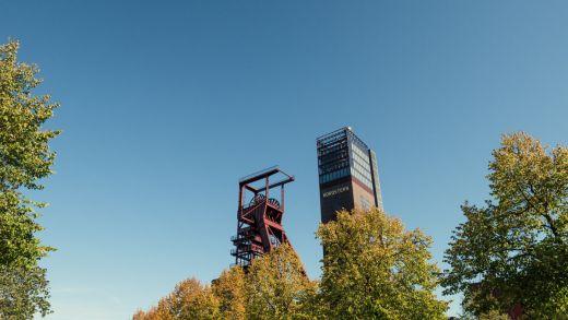 Das Bild zeigt den Nordsternpark in Gelsenkirchen