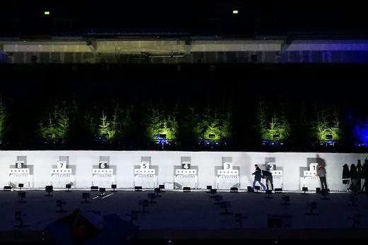 Das Bild zeigt den Schießstand des Biathlons in der Veltins-Arena