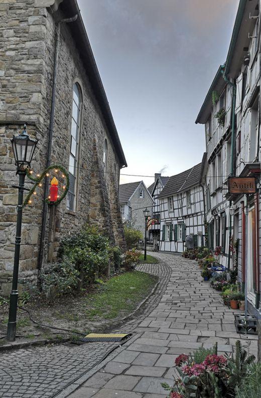 Das Foto zeigt Fachwerkhäuser in der Altstadt von Hattingen