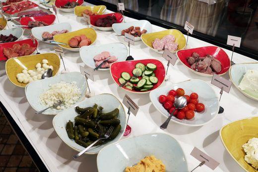 Das Foto zeigt das Frühstücksbuffet des Schmücker Hof in Bottrop-Kirchellen