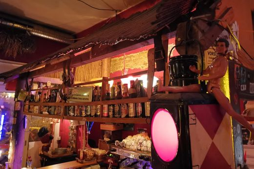 Das Foto zeigt die Bierauswahl der Goldbar in Essen