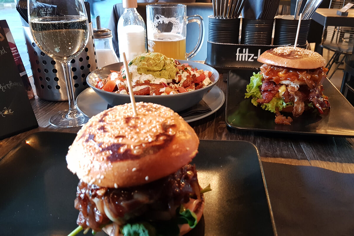 "Das Foto zeigt Burger im ""Bang Bang Burges & Beer"" in Gelsenkirchen"