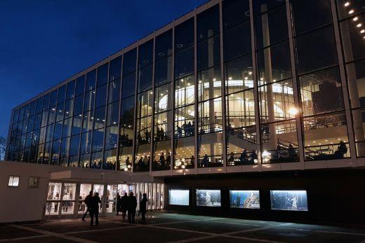 Das Foto zeigt das Musiktheater im Revier in Gelsenkirchen von außen