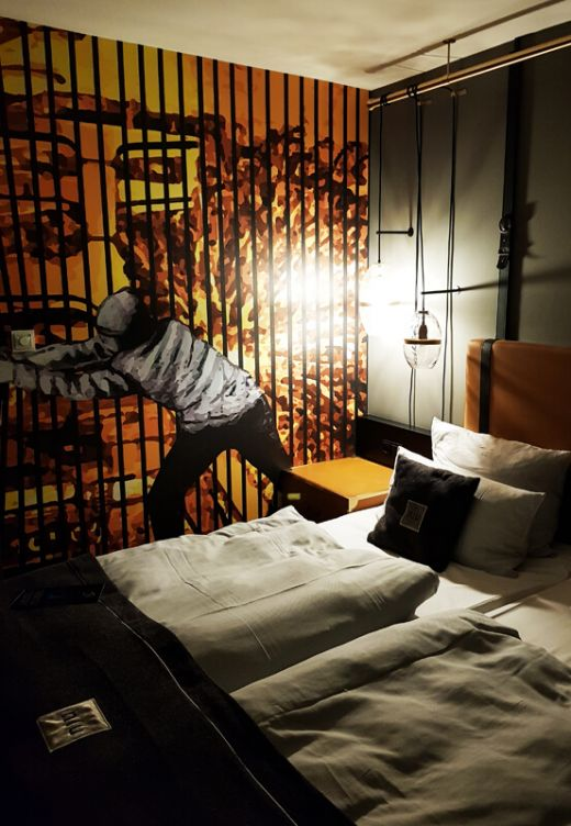 Das Foto zeigt das Hotelzimmer im niu Cobbles in Essen