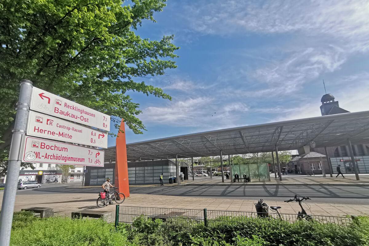 Das Foto zeigt den Bahnhof in Herne