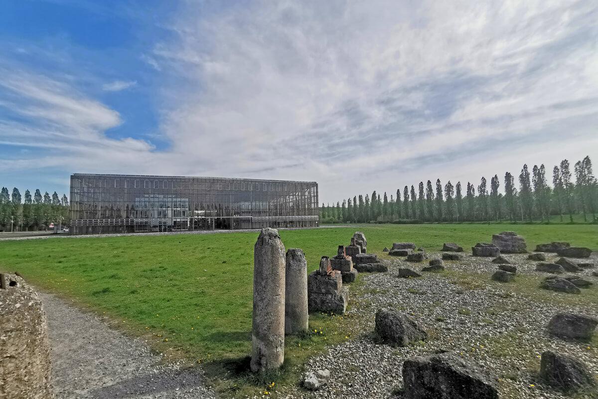 Das Foto zeigt die Akademie Mont-Cenis in Herne
