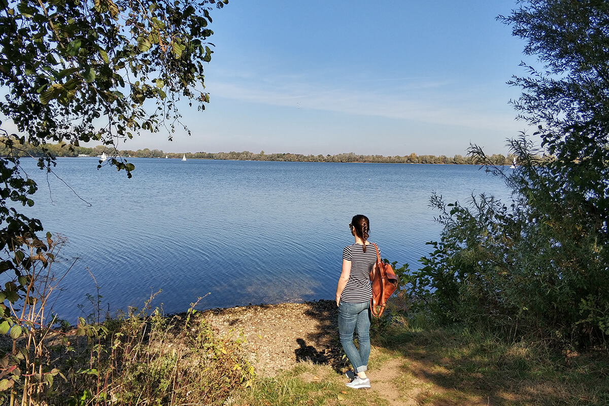 Das Foto zeigt Laura am Diersfordter Waldsee