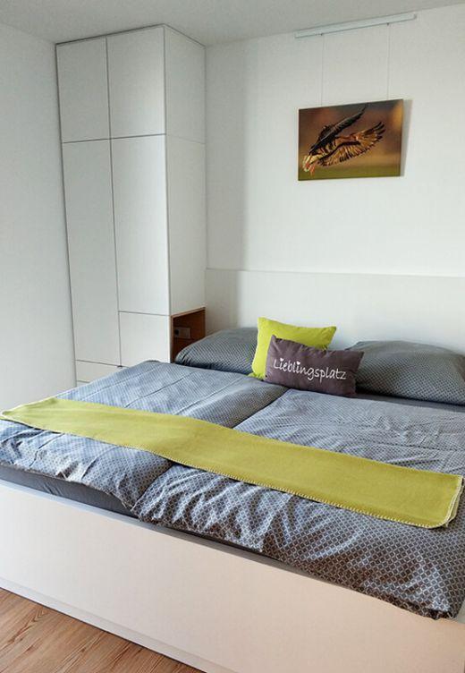 Das Foto zeigt das Schlafzimmer des Hausbootes am Niederrhein