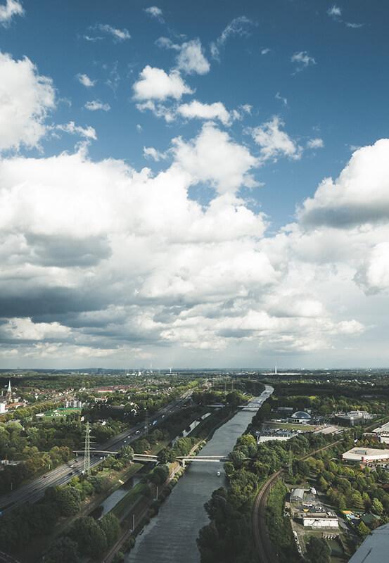 Das Foto zeigt den Ausblick vom Gasometer Oberhausen