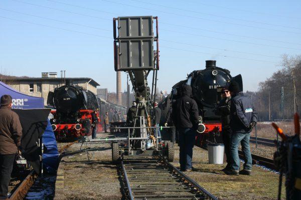 Das Bild zeigt ein Kamerateam im Eisenbahnmuseum Bochum