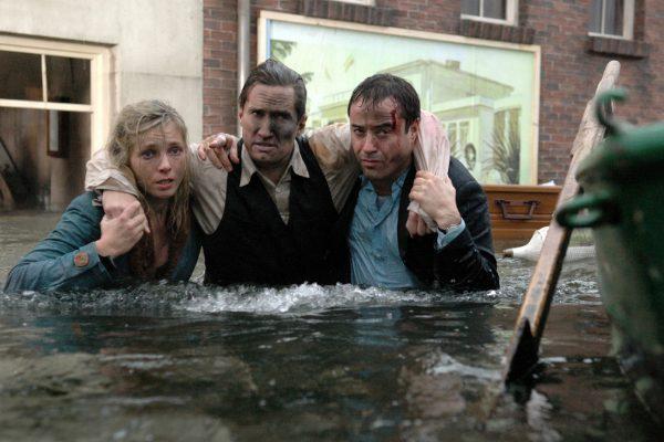 """Das Bild zeigt eine Szene aus dem Film """"Sturmflut"""""""