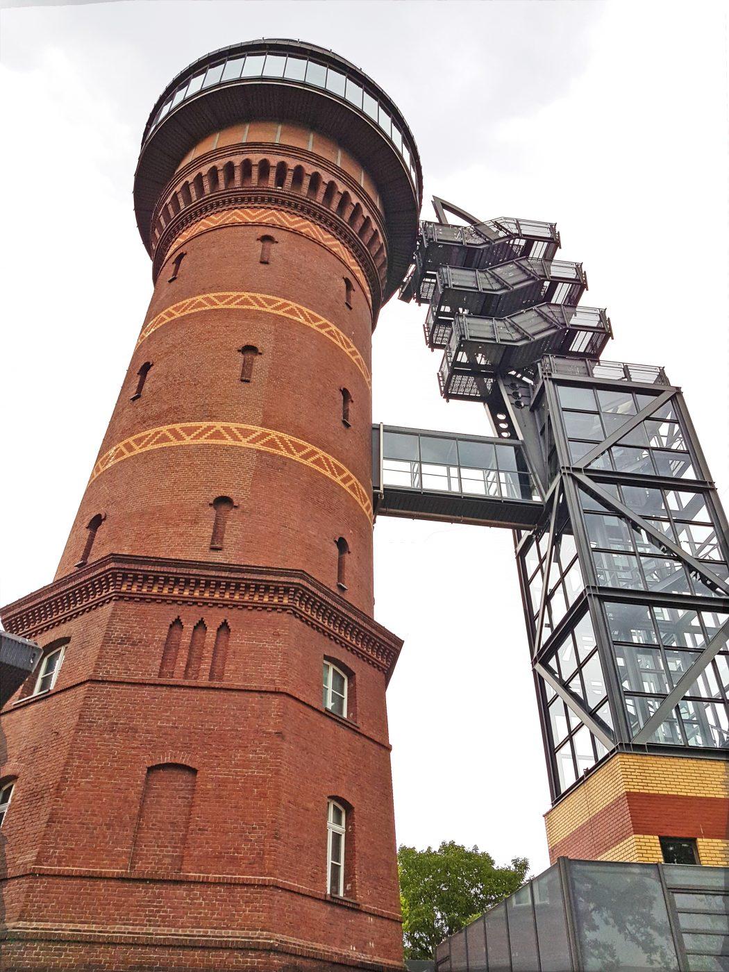 Das Bild zeigt das Aquarius Wassermuseum in Mülheim an der Ruhr