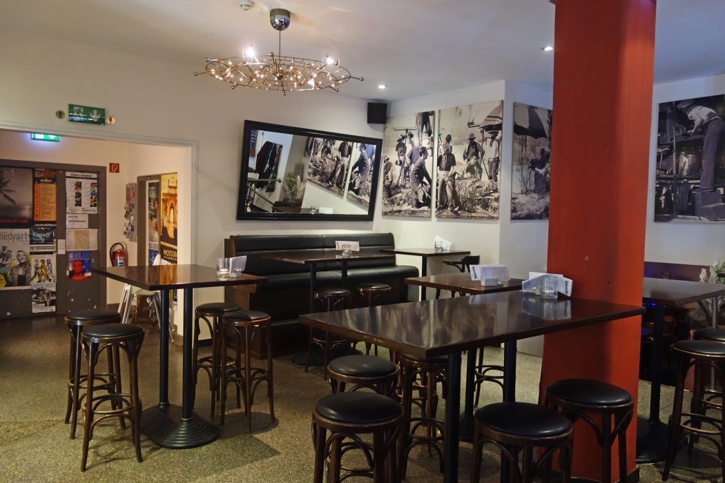 Das Foto zeigt das Café Movies