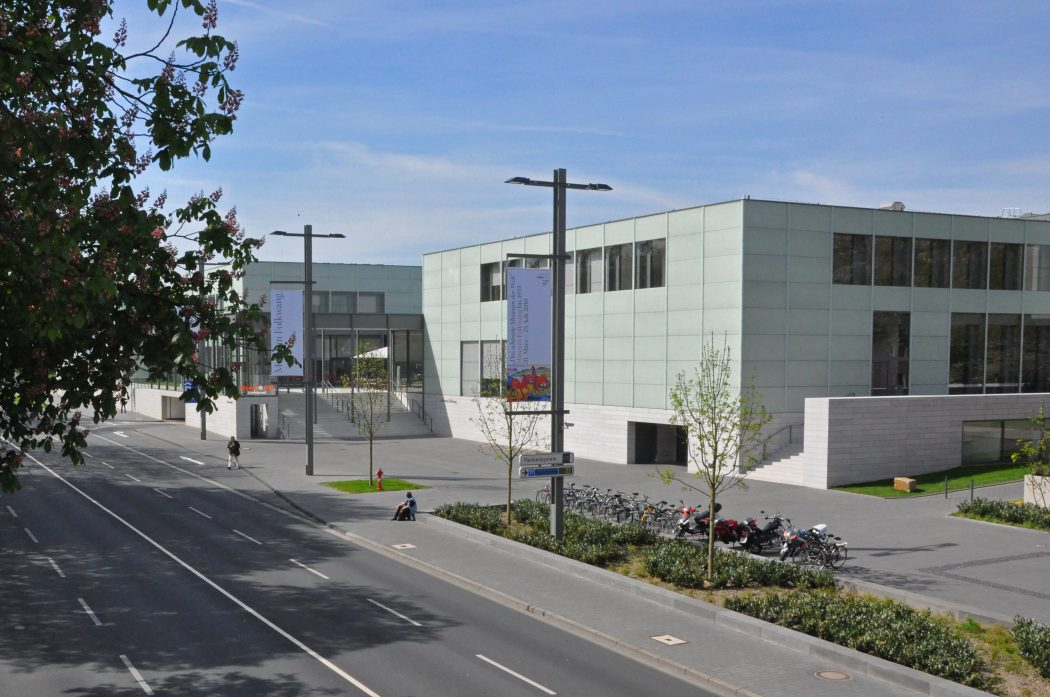 Das Museum zeigt das Folkwang Museum in Essen