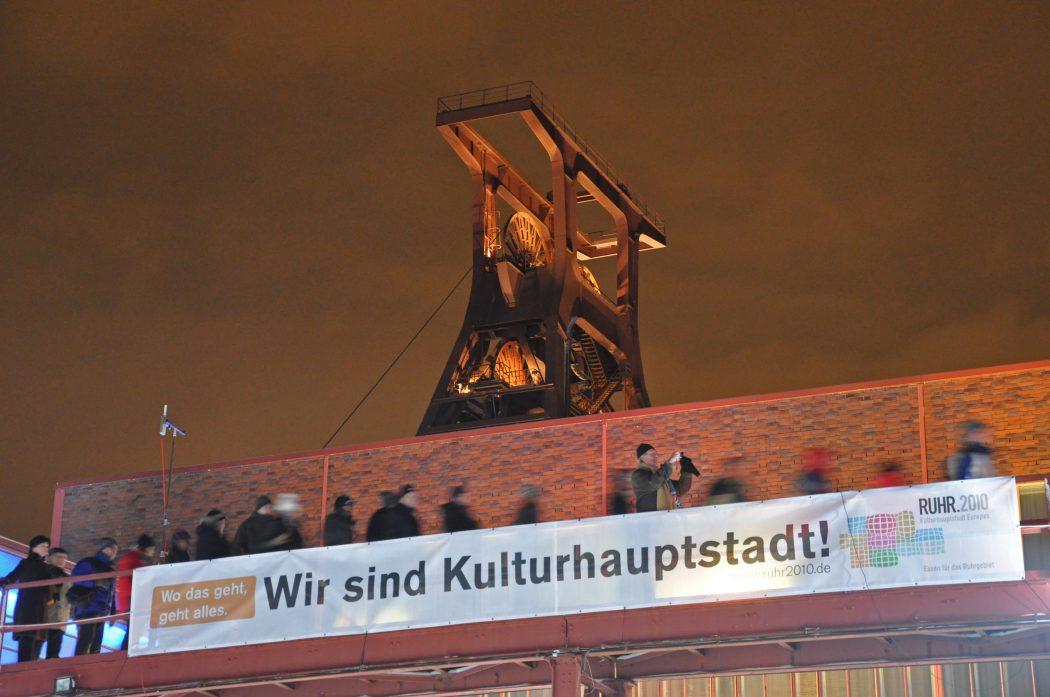 Das Foto zeigt die Zeche Zollverein bei der Eröffnung der Kulturhauptstadt RUHR.2010