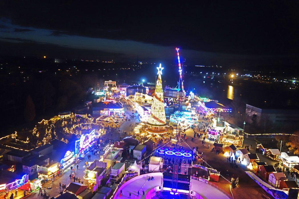 Das Foto zeigt den Ausblick auf den Cranger Weihnachtszauber