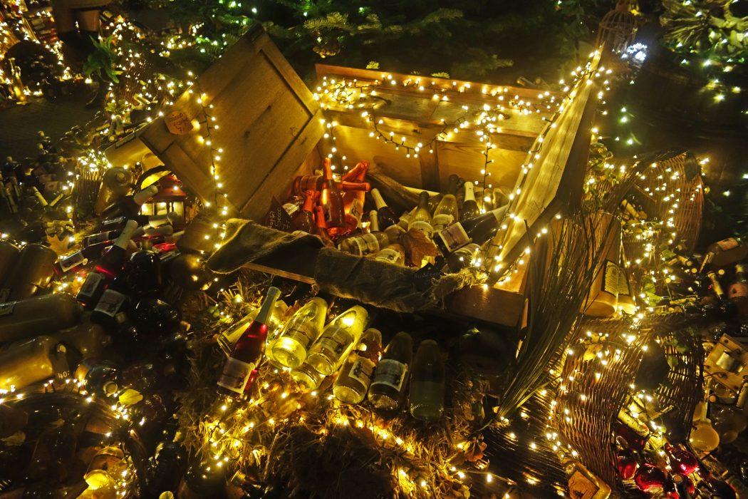 Das Bild zeigt Flaschen auf dem Phantastischen Lichter Weihnachtsmarkt