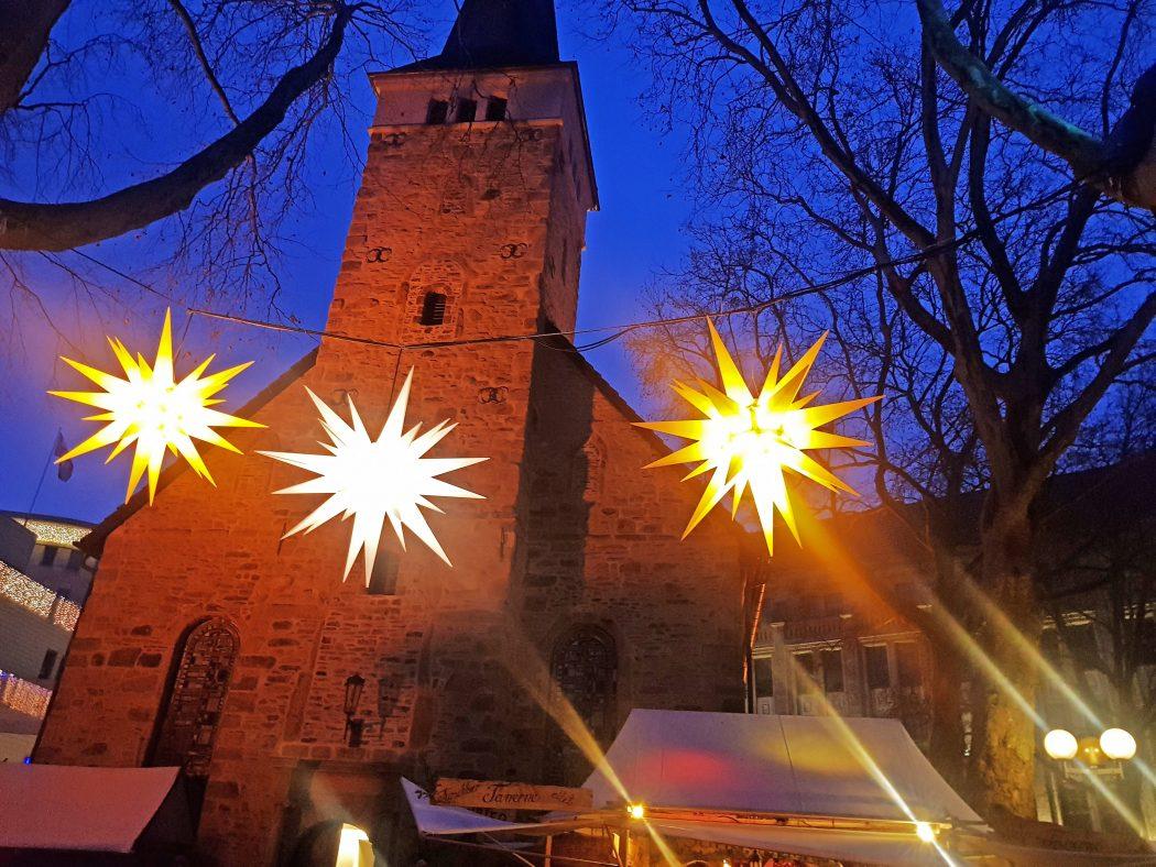 Das Bild zeigt den mittelalterlichen Markt der Bochumer Weihnacht