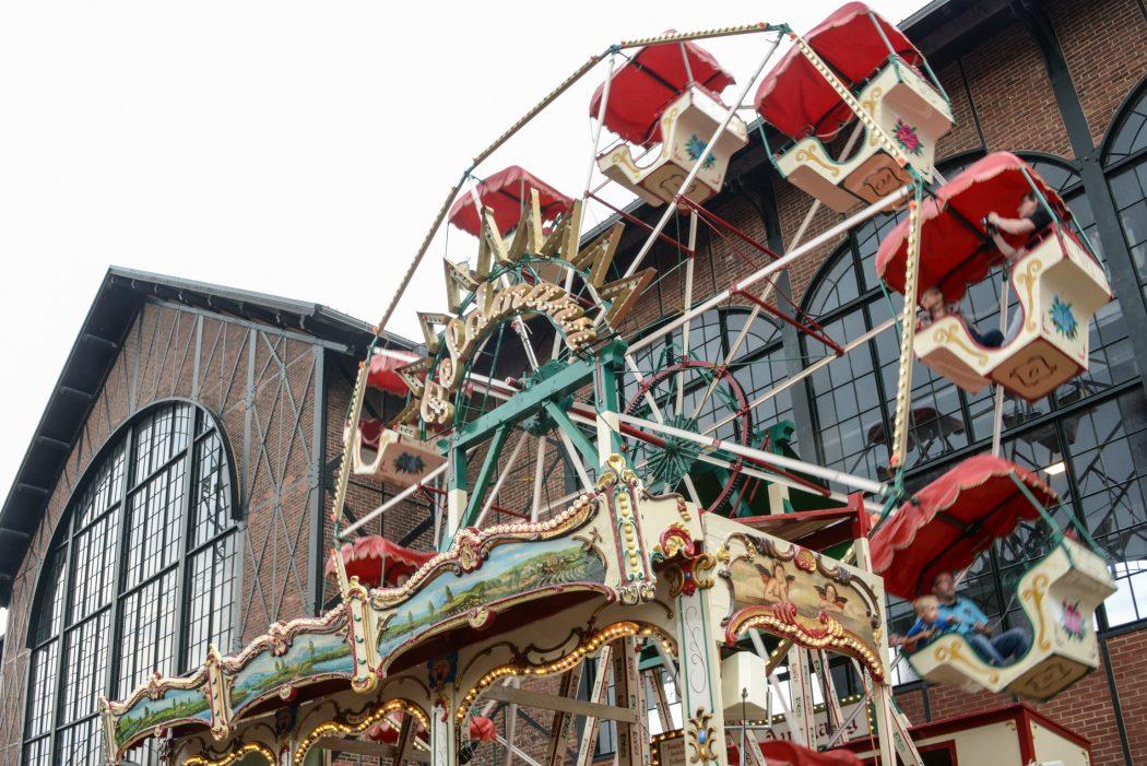 Das Foto zeigt ein altes Riesenrad beim Once upon a time festival auf dem Gelände der Zeche Zollern in Dortmund