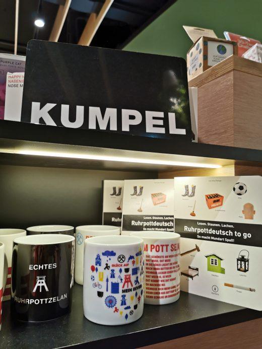 Das Bild zeigt das Geschäft Mensing in Bottrop