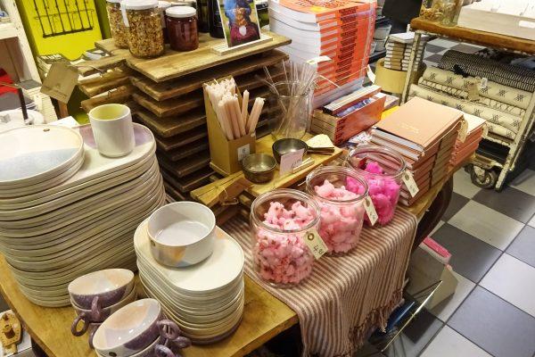 Das Bild zeigt das Geschäft Format Warenwunderland