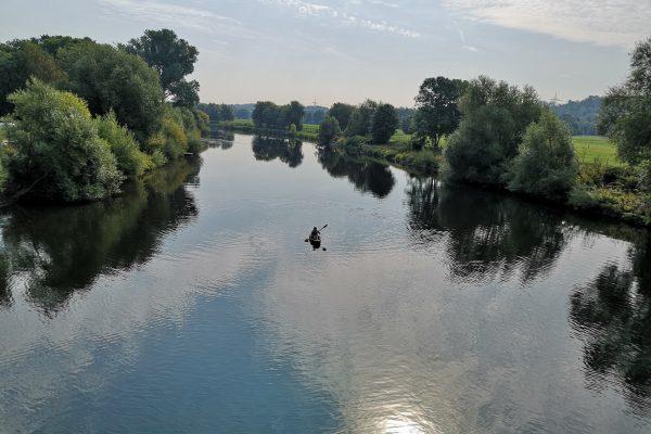 Das Bild zeigt die Ruhr bei Hattingen