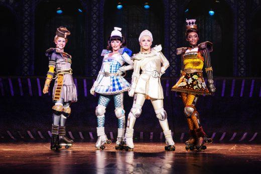 Das Foto zeigt die weiblichen Züge des Musicals STARLIGHT EXPRESS