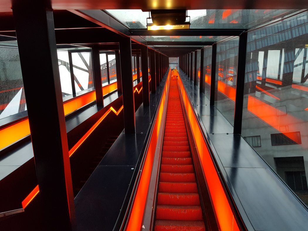 Das Foto zeigt die Rolltreppe auf dem UNESCO-Welterbe Zollverein