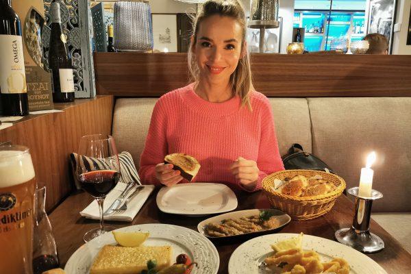 Das Foto zeigt Sandra im Restaurant Pikilia in Bottrop