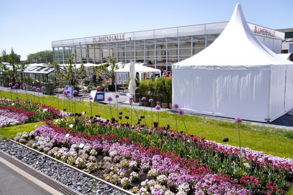 Das Bild zeigt die Blumenhalle auf der Landesgartenschau Kamp-Lintfort