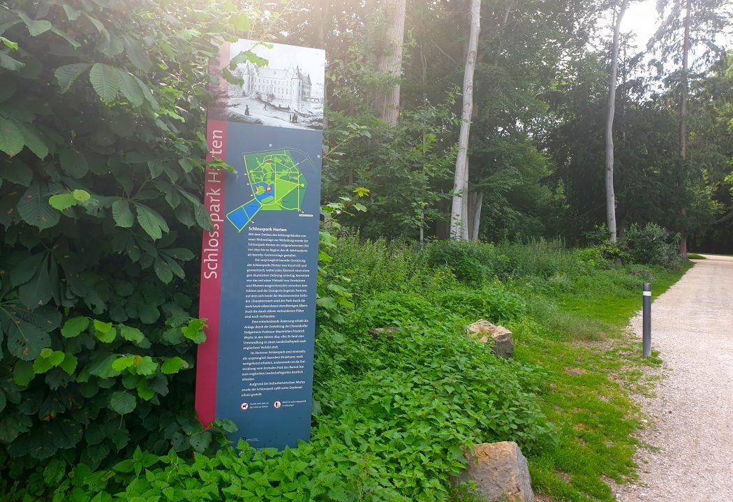 Das Bild zeigt den Hertener Schlosspark