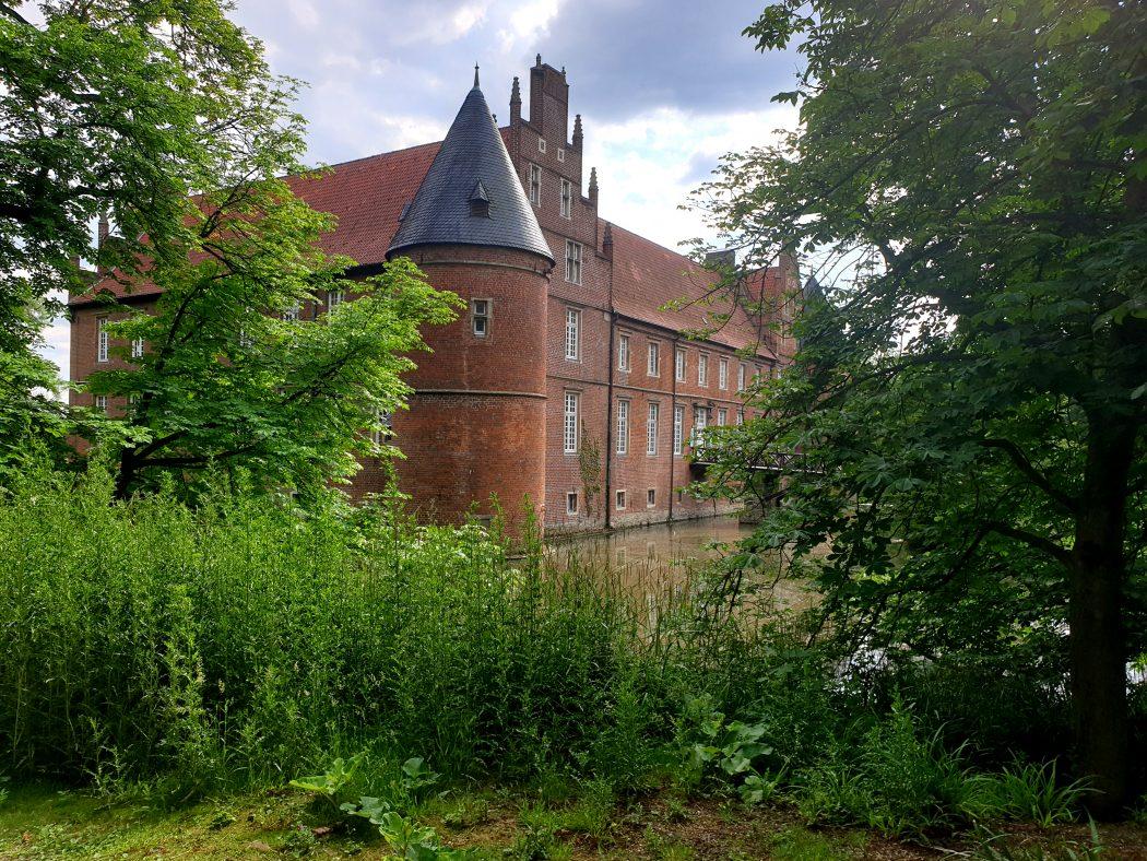 Das Bild zeigt das Schloss Herten