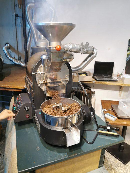 Das Foto zeigt frische Kaffeebohnen im Bebuna in Hamm