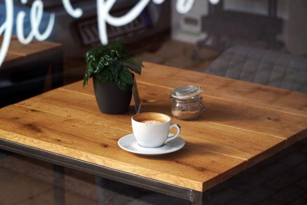 Das Foto zeigt einen Cappuccino im Café Kijami in Witten