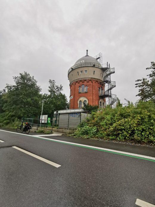 Das Foto zeigt den Radschnellweg Ruhr (RS 1) an der Camera Obscura in Mülheim an der Ruhr