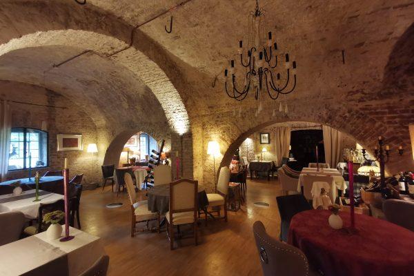 Das Foto zeigt den Innenraum des Restaurants Henrich´s in Iserlohn