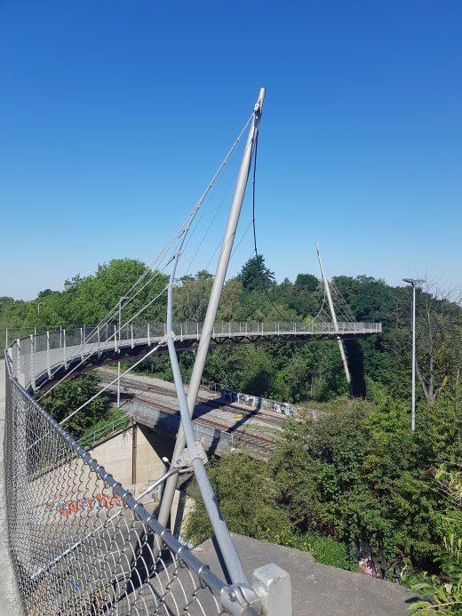 Das Foto zeigt die Erzbahnschwinge im Westpark Bochum