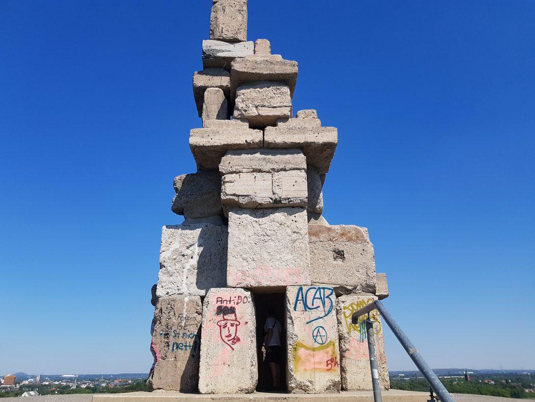 Das Foto zeigt die Himmelstreppe auf der Halde Rheinelbe in Gelsenkirchen