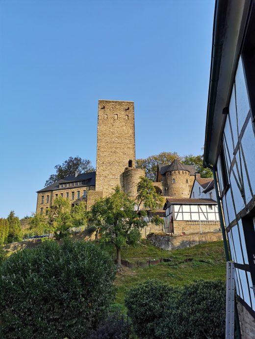 Das Foto zeigt die Burg Blankenstein in Hattingen