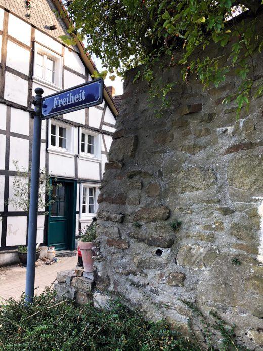 Das Foto zeigt die Straße Freiheit in Blankenstein in Hattingen